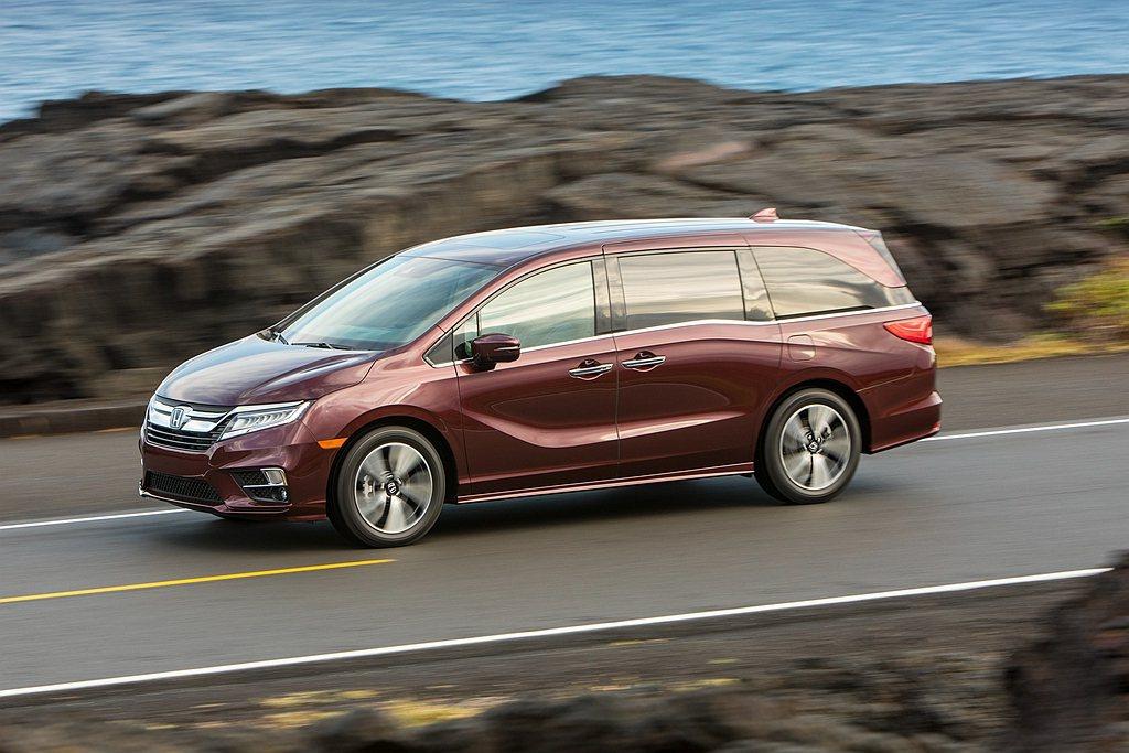 美規Honda Odyssey不僅尺碼更大,動力更來自3.5L V6 i-VTE...