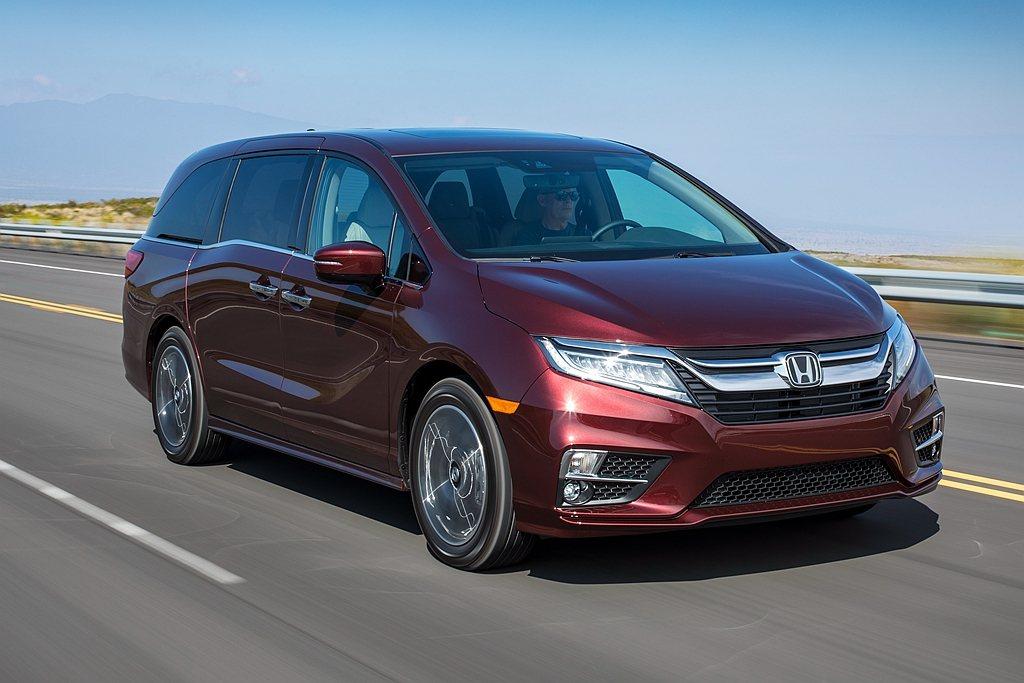 Honda為慶賀Odyssey導入美國市場滿25年,同步推出新年式車型與專屬套件...