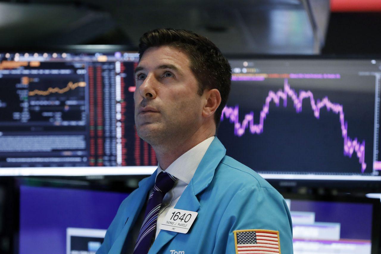 有些投資人表示,川普要求Fed降息和種種政策,可能表明對美國經濟信心開始動搖。美...