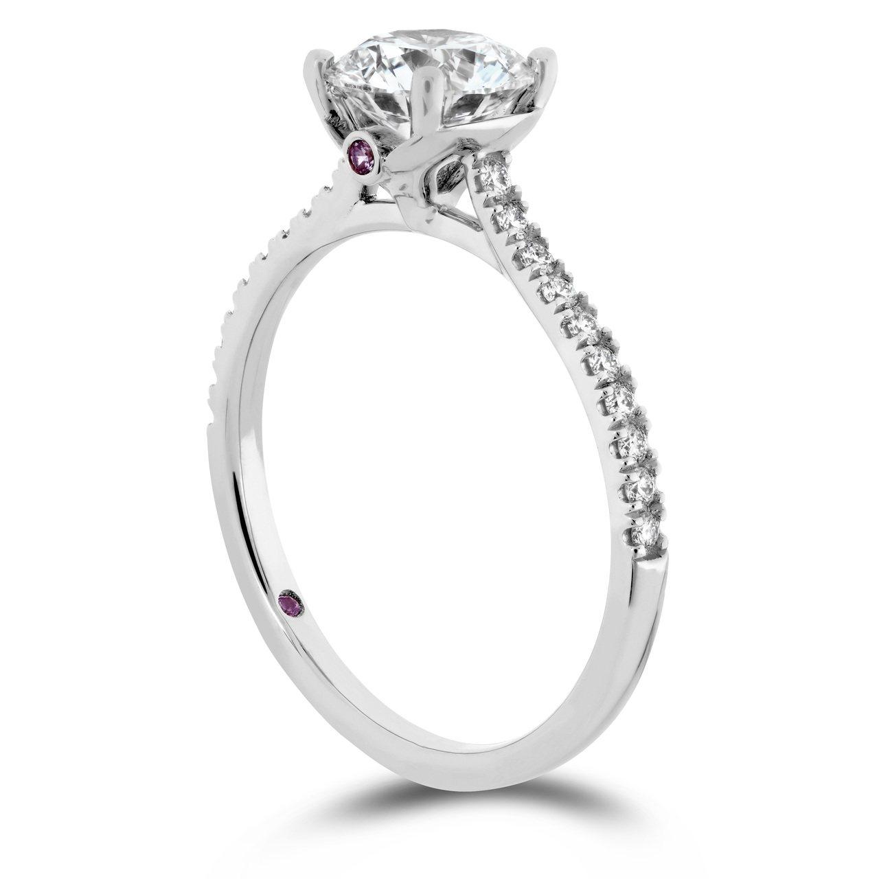 SLOANE SILHOUETTE戒指,白K金鑲嵌鑽石與粉紅剛玉,主鑽 0.30...