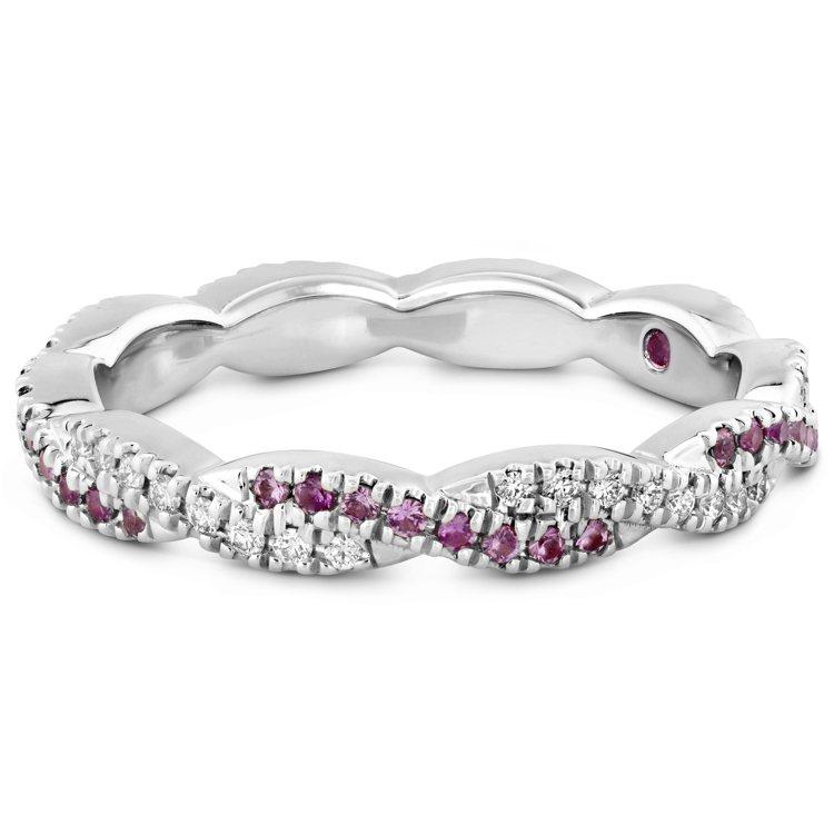 HARLEY GO BOLDLY戒指,白K金鑲嵌鑽石與粉紅剛玉,13萬元。圖/H...