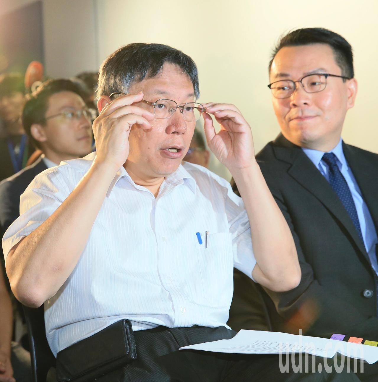 台北市長柯文哲(左)。記者潘俊宏/攝影