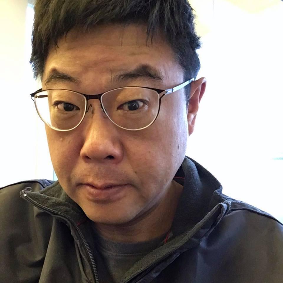 文化大學新聞系主任胡幼偉。取自臉書