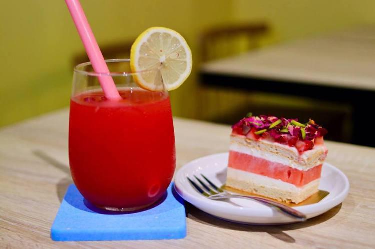 甜點加飲料享受午後悠閒。圖/老德記x square dessert 提供