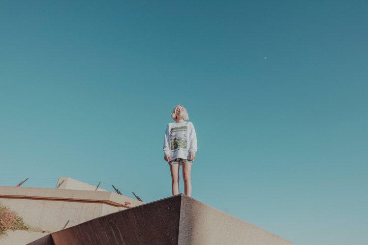 「Stella x Taylor Swift」系列靈感源自泰勒絲音樂專輯「Lov...