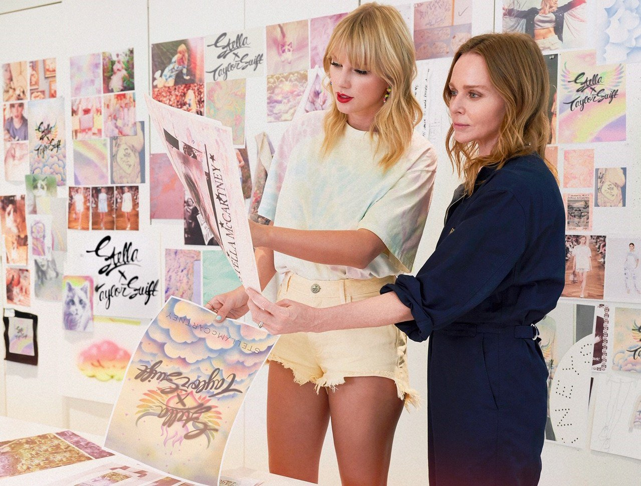 泰勒絲和Stella McCartney推出限量聯名商品。圖/Stella Mc...