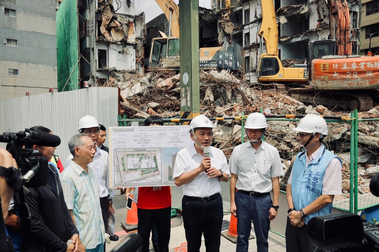 代拆條款生效!延宕30年 五股西雲路海砂屋今拆除