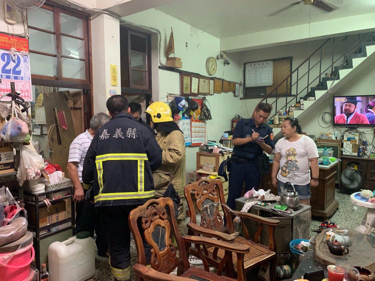 民雄鄉一處民宅疑似瓦斯燃燒不完全引發火警。記者卜敏正/翻攝