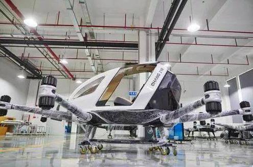 「億航184」的自動駕駛飛行器。 (人民網)