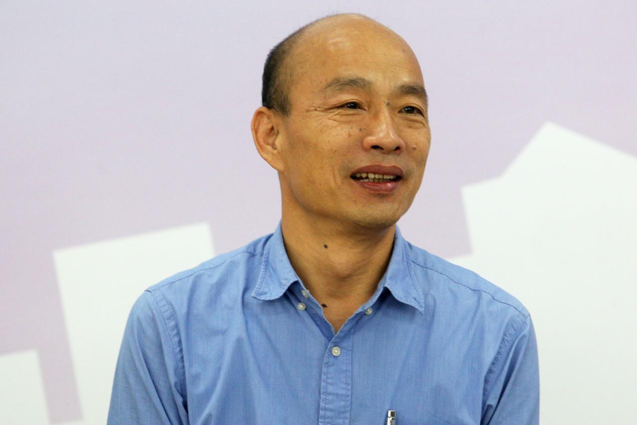 國民黨2020總統提名人韓國瑜在確定參選總統後,至今仍未找到令人感動的選戰主題,...