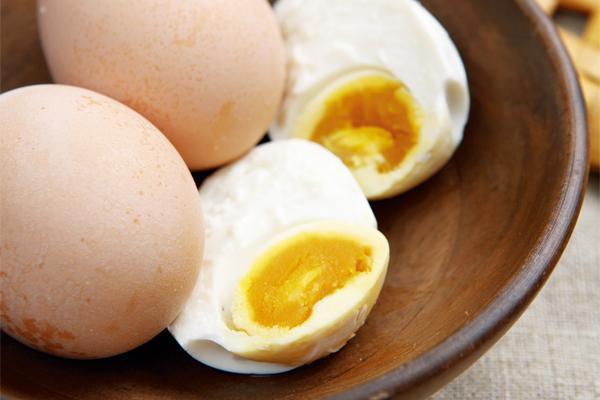 外面買的鹹蛋不安心?自己做最安心! 圖片提供/台灣好食材(圖/陳家偉)