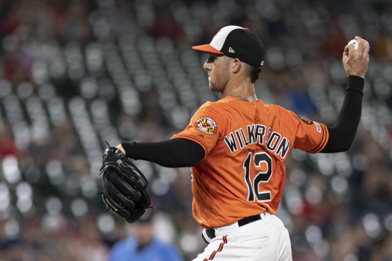 金鶯外野手維克森在一次與天使的跨日賽中,竟撿到一次救援成功,而且他在該役平均球速...