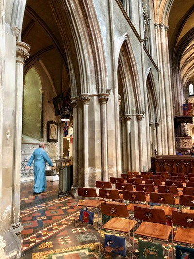 教堂是民眾心靈寄託之處,但卻傳出遭到有心人士破壞。(Photo by Sonse...
