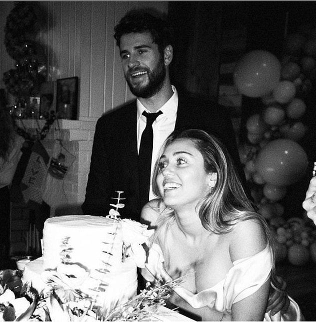 連恩漢斯沃和麥莉去年底結婚,撐不到一年就離異。圖/摘自Instagram