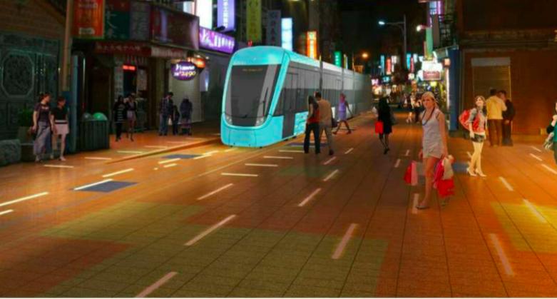 淡海輕軌藍海線行經老街段,夜間將會有燈光導引。模擬圖/新北捷運局提供