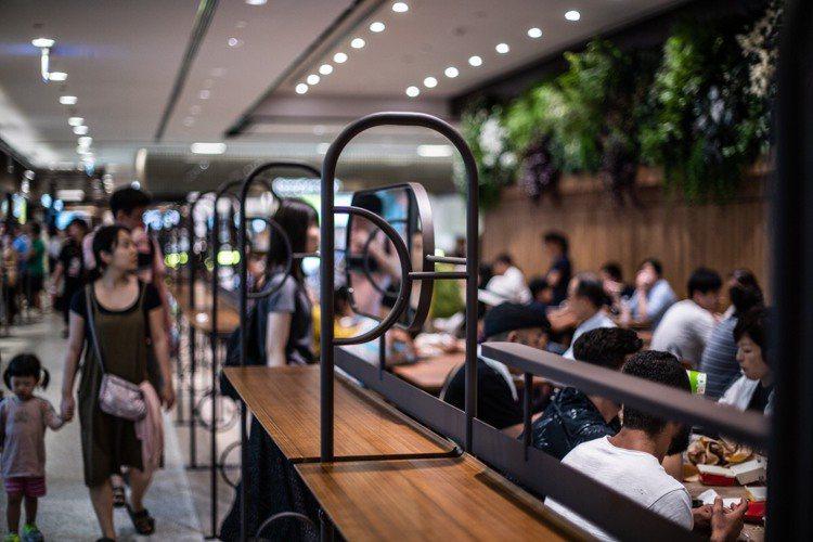 台北101購物中心美食街改裝新開幕。圖/台北101提供