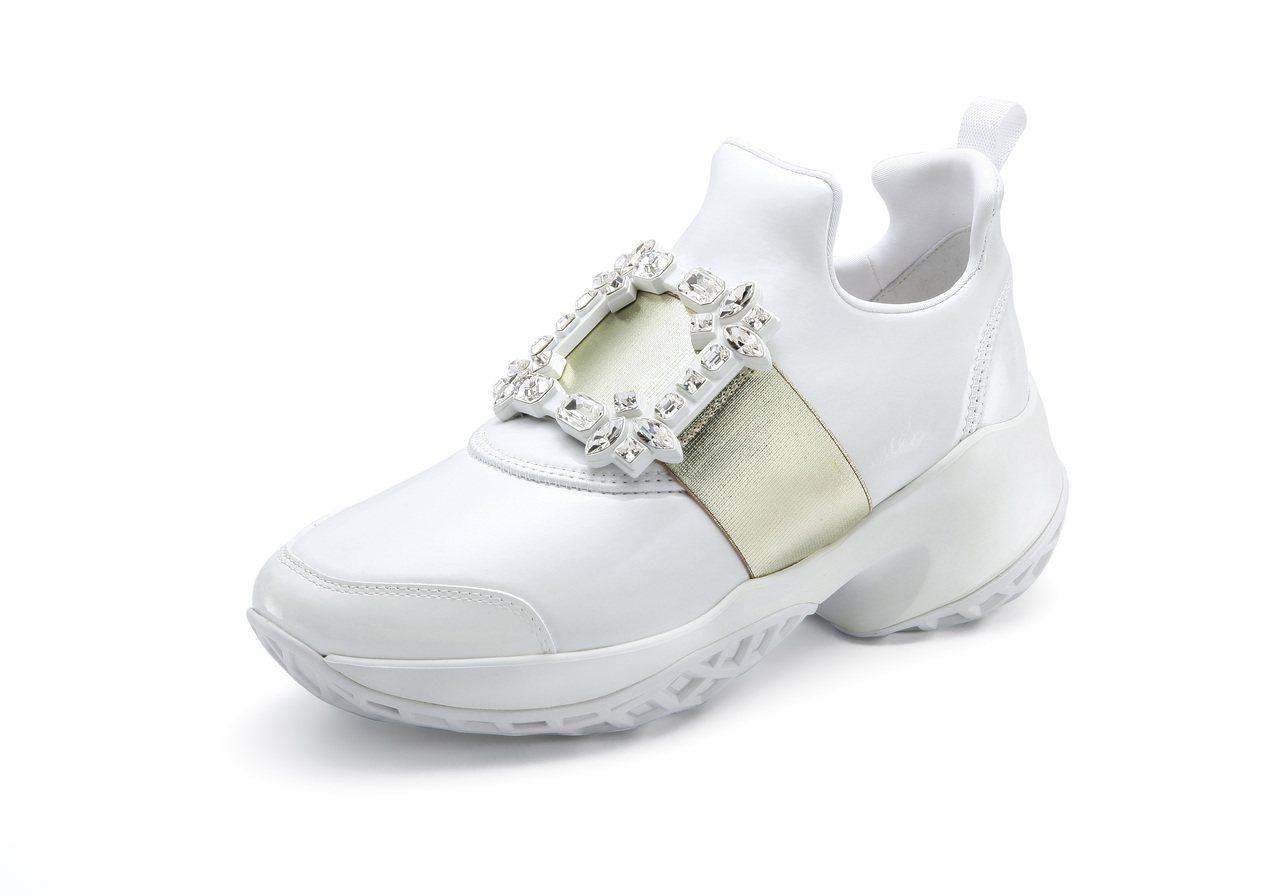 Roger Vivier Viv Run系列休閒鞋(台灣限定款),42,600元...