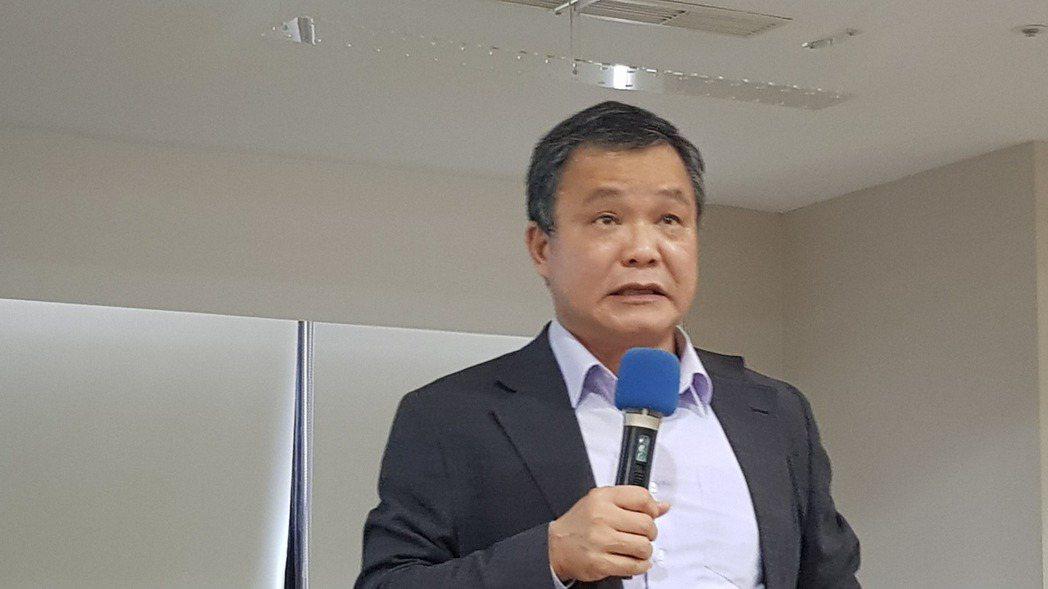 上緯投控董事長蔡朝陽。(記者曾仁凱/攝影)