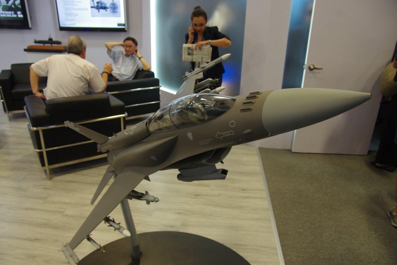 F-16C/D Block70戰機模型。記者程嘉文/攝影