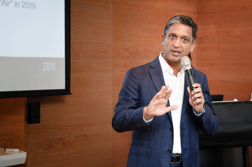 IBM副總裁暨全球企業諮詢服務事業群DBS首席客戶合夥人Chandra Soma...