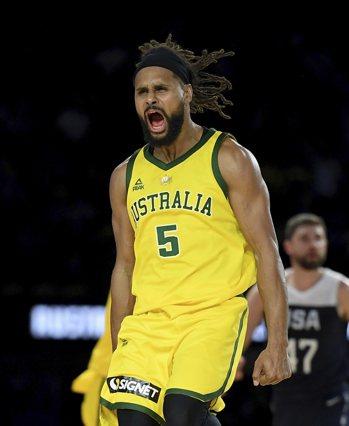 澳洲隊米爾斯率隊擊退美國男籃。 美聯社