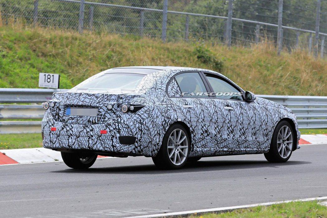 大改款Mercedes-Benz C-Class最快需要到2021年才會上市。 ...