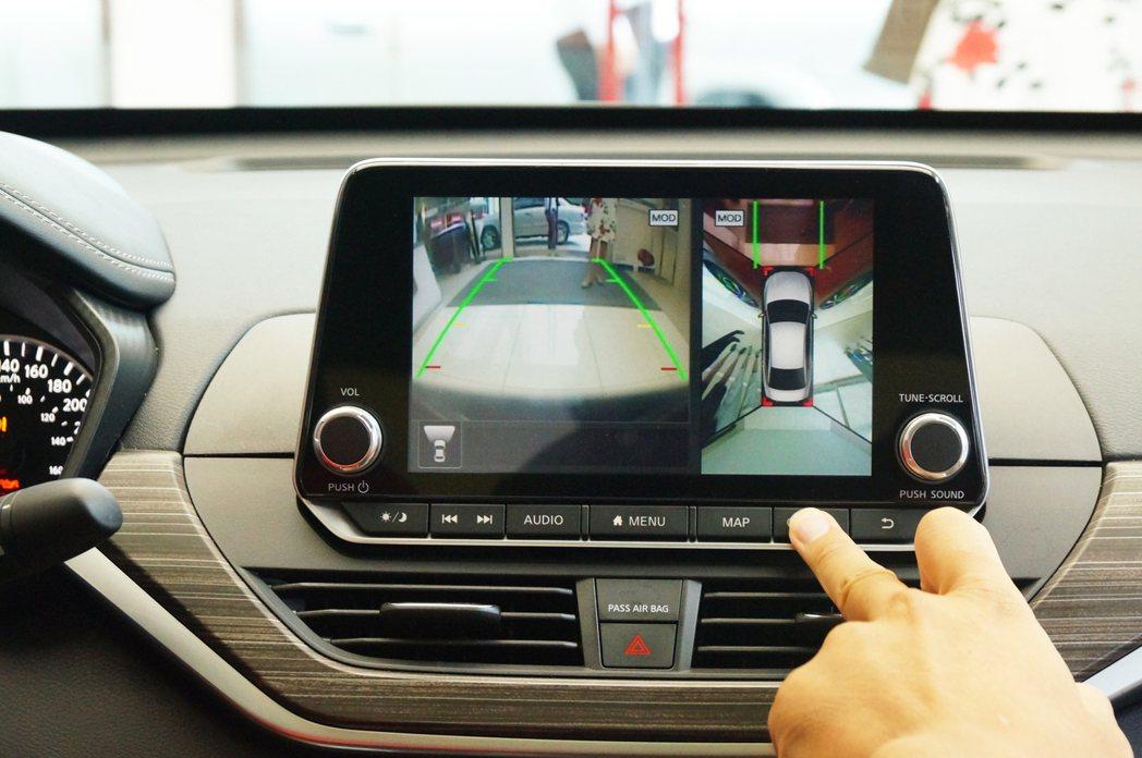 AVM360度環景影像系統。 記者趙駿宏/攝影