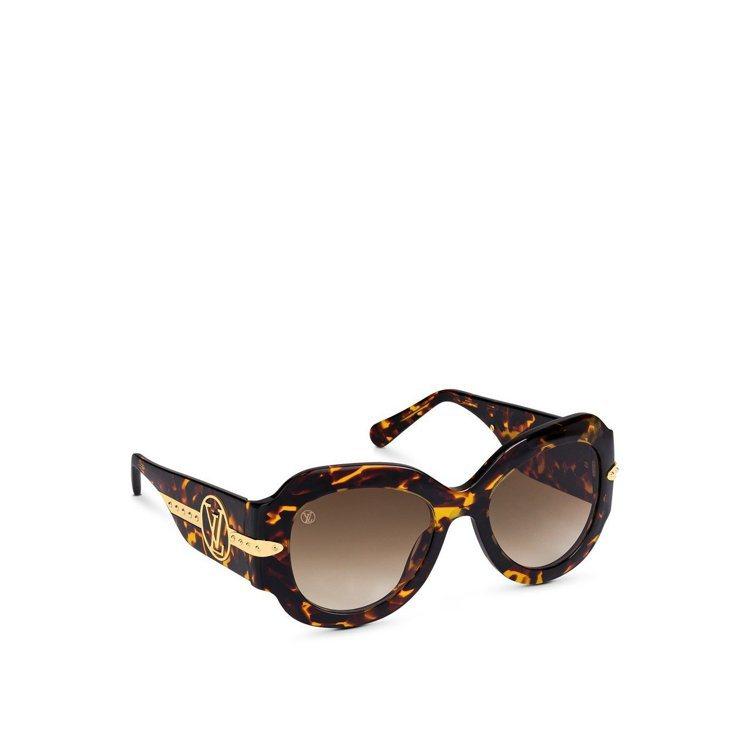 安潔莉娜裘莉近期上鏡率最高的路易威登Paris Texas太陽眼鏡,售價22,9...