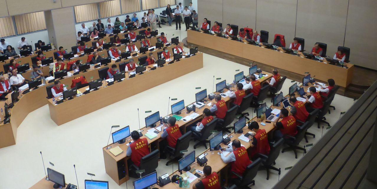 針對白鹿颱風來襲,高雄市今天上午召開一級開設的災防會議。記者楊濡嘉/攝影