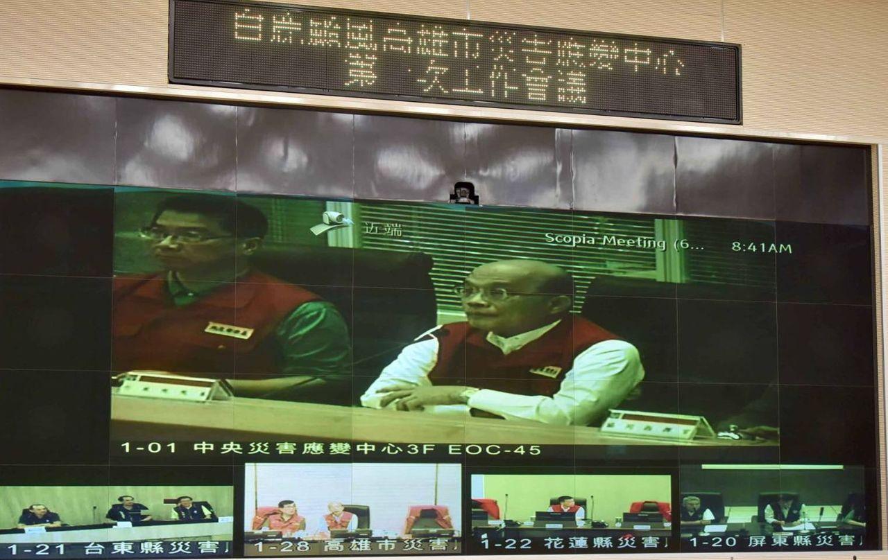 行政院長蘇貞昌今天上午和高雄市長韓國瑜視訊。記者楊濡嘉/攝影