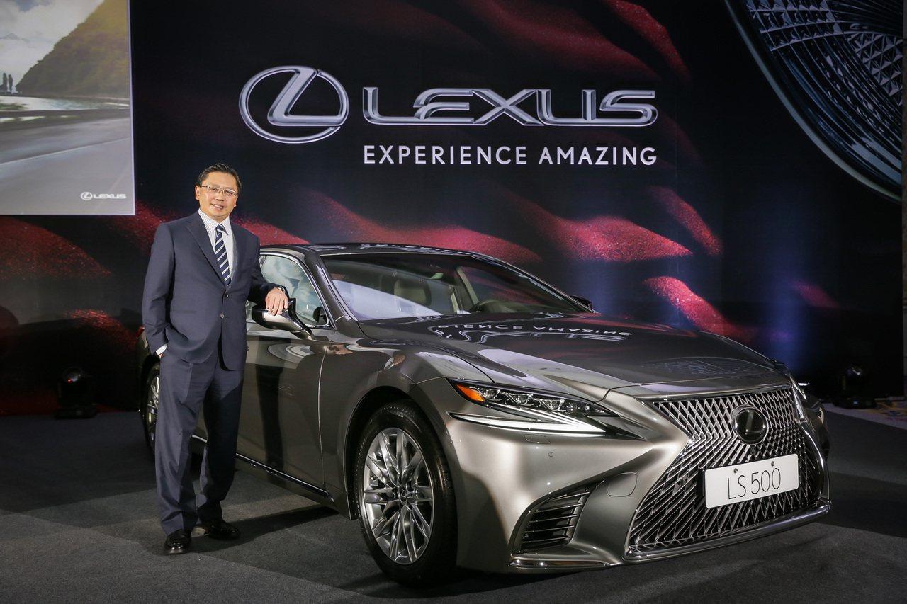 Lexus沒有水貨車,還能有三款車擠進前五名熱銷車款,這是國內豪華進口車一個很新...