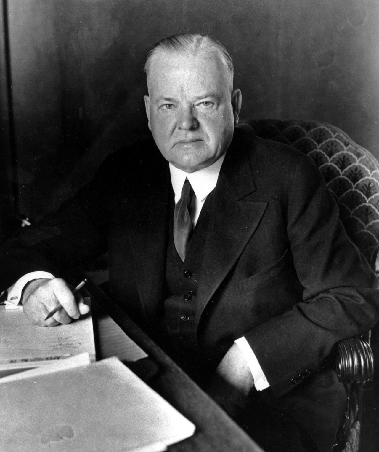 美國前總統福佛在1930年發動的貿易戰,規模大於川普的美中貿易戰。美聯社