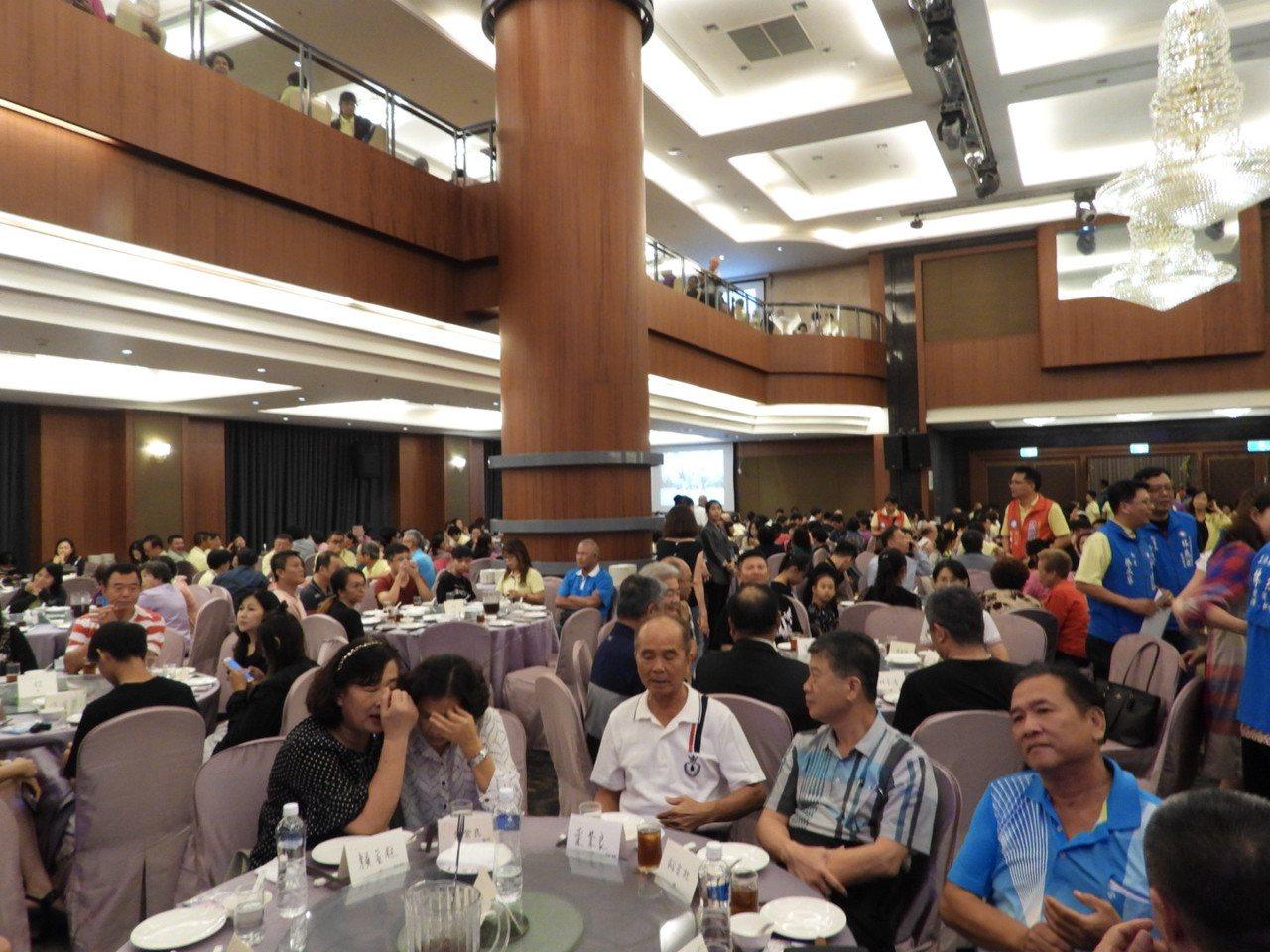 林燕祝之友會有1500人出席,非常熱鬧。記者周宗禎/攝影