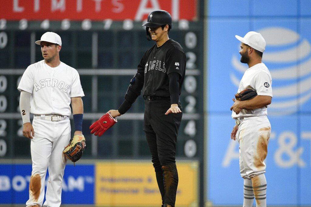 空等三天後,大谷翔平終於迎來大聯盟生涯第一次單季百安,但拚二壘卻遭到觸殺,只能苦...