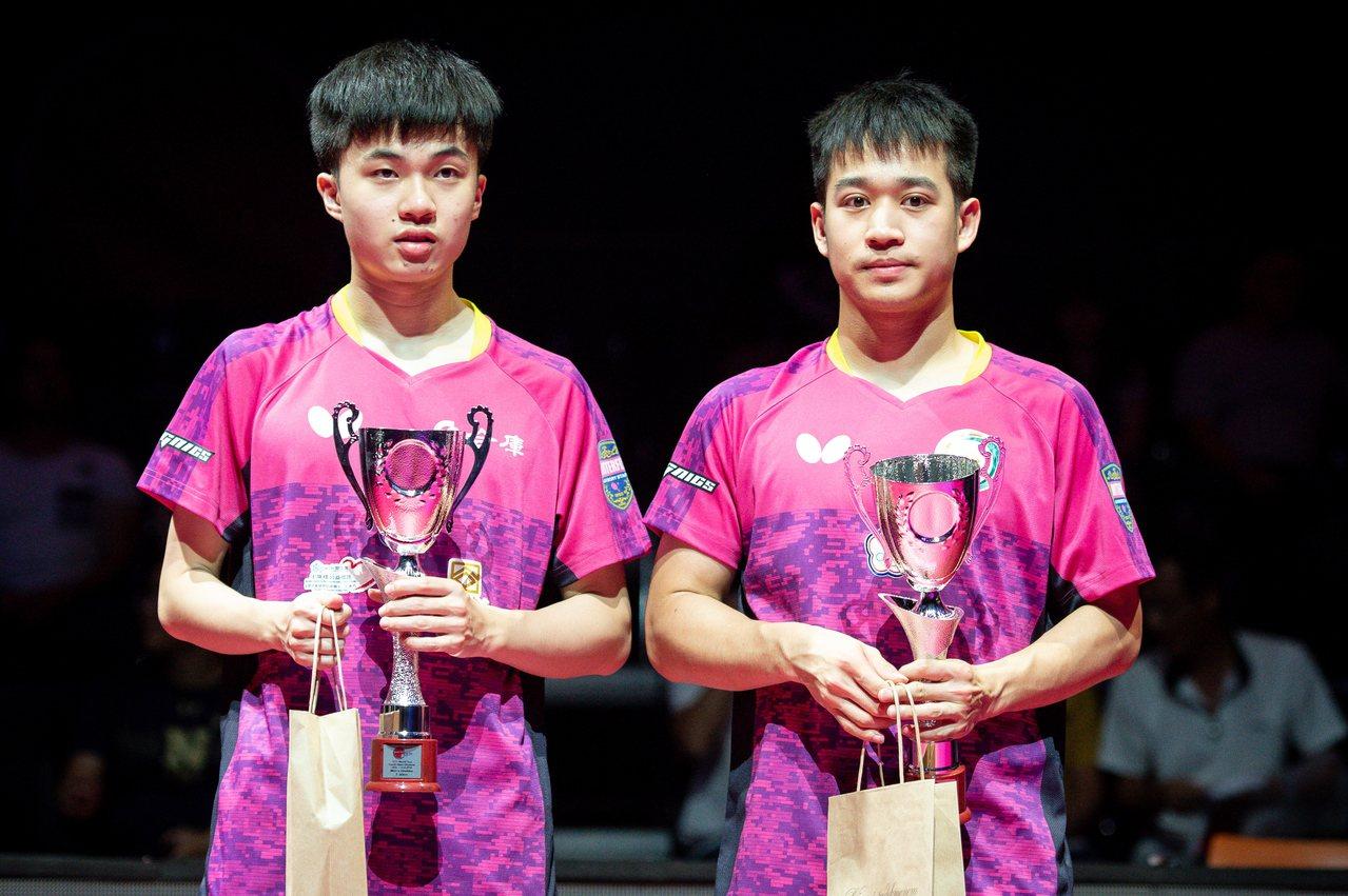 我國桌球男雙林昀儒、廖振珽在ITTF世界巡迴賽捷克公開賽獲亞軍。 歐新社