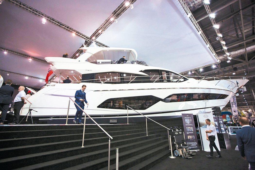 英國奢華遊艇製造商因為有超級富豪持續撐腰,近年業績扶搖直上。 美聯社