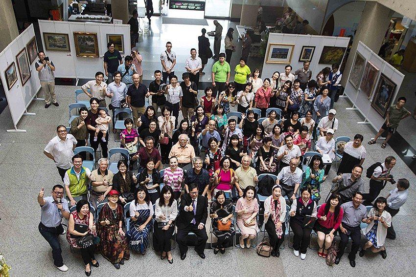 2019桃園市美術協會會員聯展,貴賓及會員出席踴躍。 桃園美協/提供