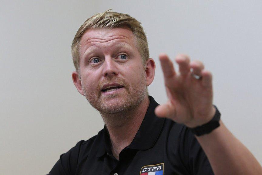 來自英國的總教練蘭卡斯特(Louis Lancaster),在台執教中華男足2年...