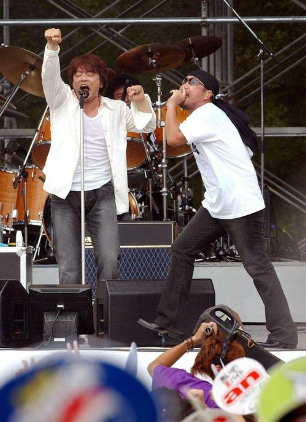 恰克與飛鳥是日本樂壇的經典組合。圖/摘自日刊體育 李姿瑩