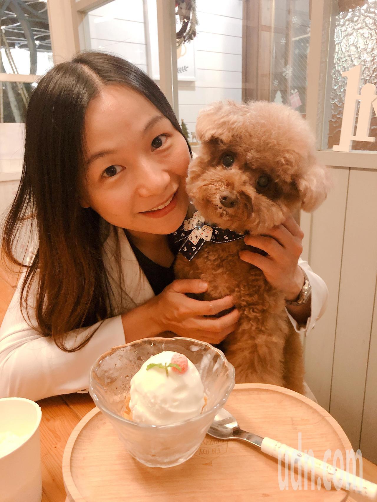 中山動物醫院主治醫師王淑容花了半年時間,研發出專門提供給犬、貓食用的頂級手工優格...