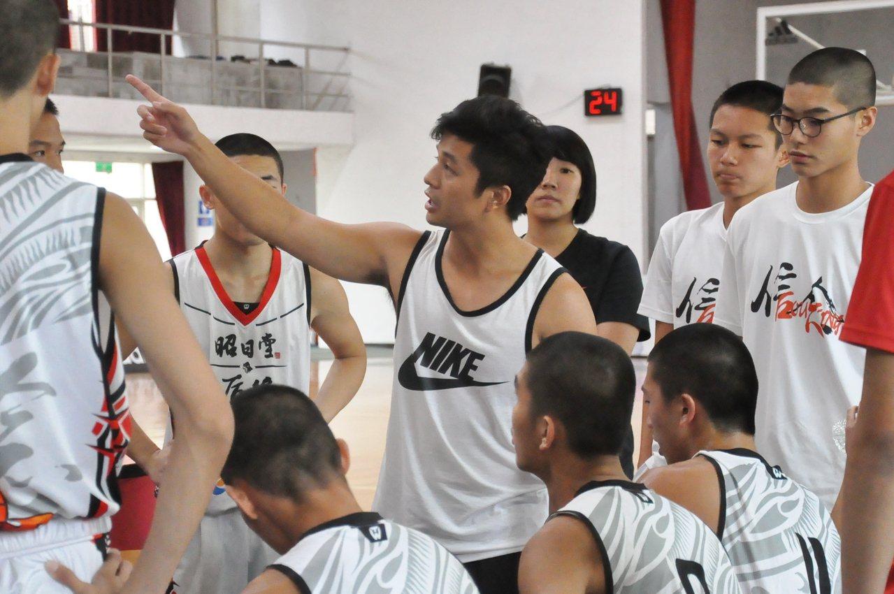 林燈盃籃賽可能是后綜教頭朱江文執教告別戰。記者曾思儒/攝影