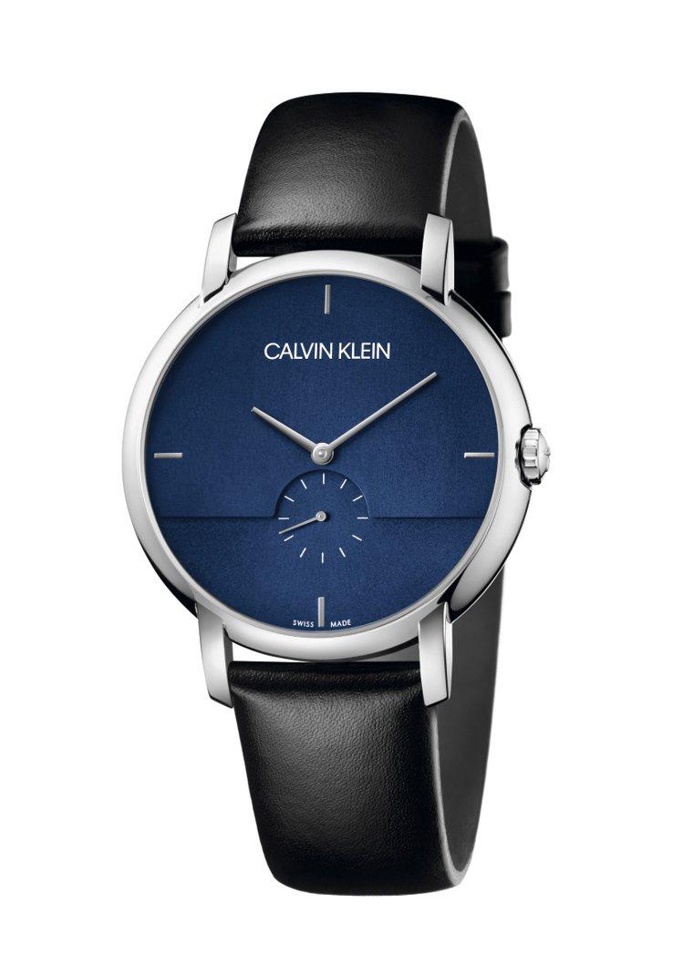 CALVIN KLEIN established系列小三針腕表,不鏽鋼表殼搭配青...