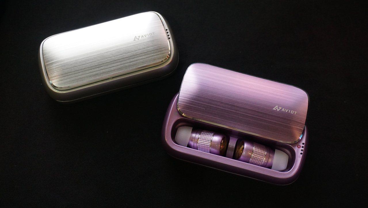 AVIOT TE-BD21f真無線耳機,建議售價5,490元。記者黃筱晴/攝影
