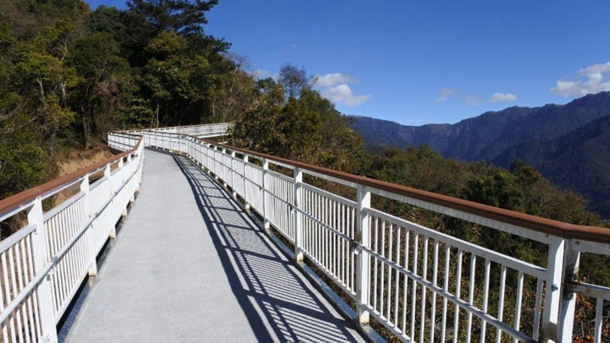 清境高空觀景步道第二期工程完工在即,預計最快9月底前對外開放。圖/南投縣政府提供