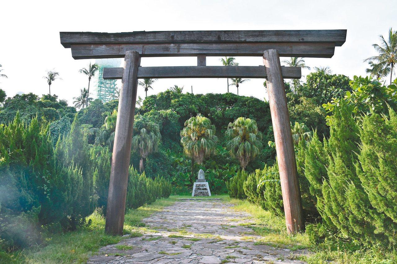 「江口良三郎紀念公園」是紀念花蓮港建設的推動者江口良三郎,為避免仇日爭議,更名為...