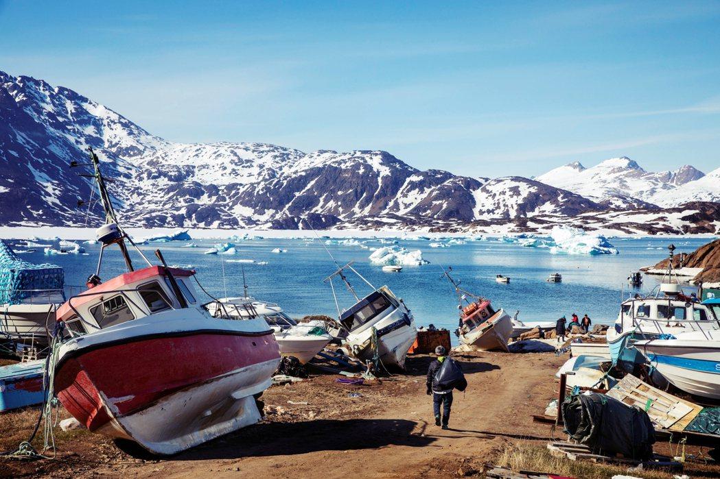 格陵蘭的經濟還是頗為依賴丹麥,漁業出口為主,比例高達9成,嚴重受國際價格波動與政...