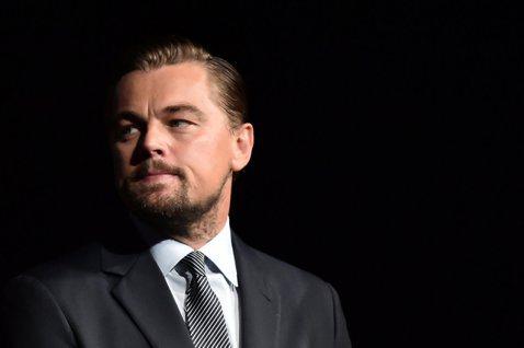 好萊塢大咖李奧納多狄卡皮歐(Leonardo DiCaprio)雖然不時因花邊新聞或身材登上媒體版面,不過他也是相當知名的環保人士,並關注著許多社會、國際議題與事件。最近他便透過Instagram對...