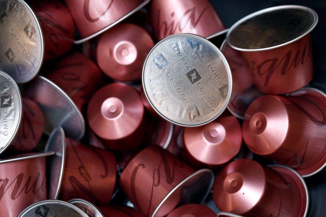 以往被視為一次性塑膠的咖啡膠囊將回收再利用。 圖/路透社