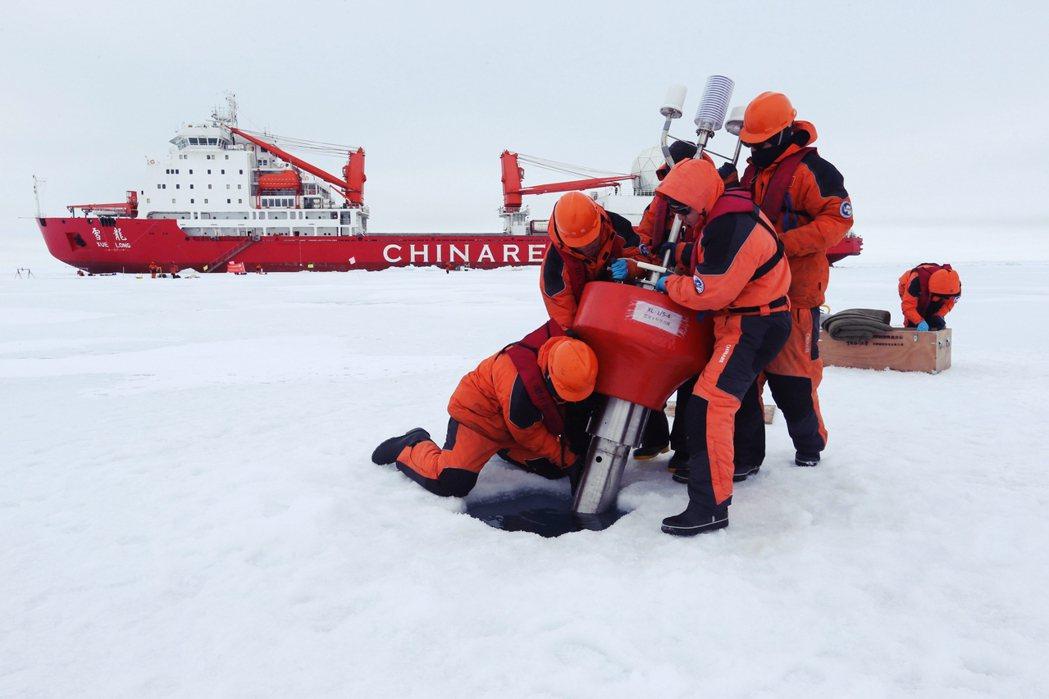 稀土資源、極圈戰略位置...,這些都是中國近年積極插旗北極的理由。如今正值美中貿...