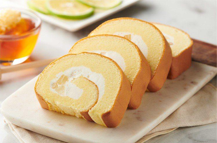 冰心捲蛋糕「蜂蜜檸檬寒天」。圖/全聯提供